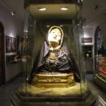 Madonna addolorata Statua in cera nella casa dai tempi della Madre
